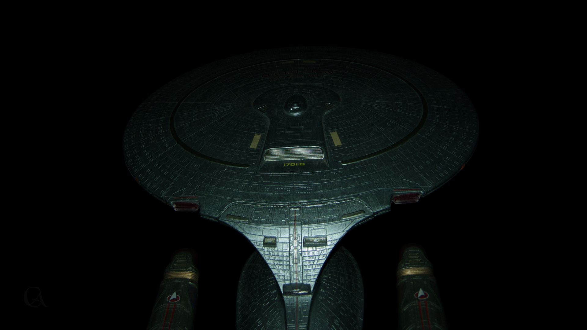 NCC-1701-D rear saucer view wallpaper 1920x1080 no.253
