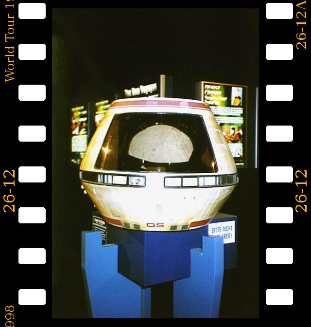 P026-012 Star Trek World Tour Düsseldorf 1998