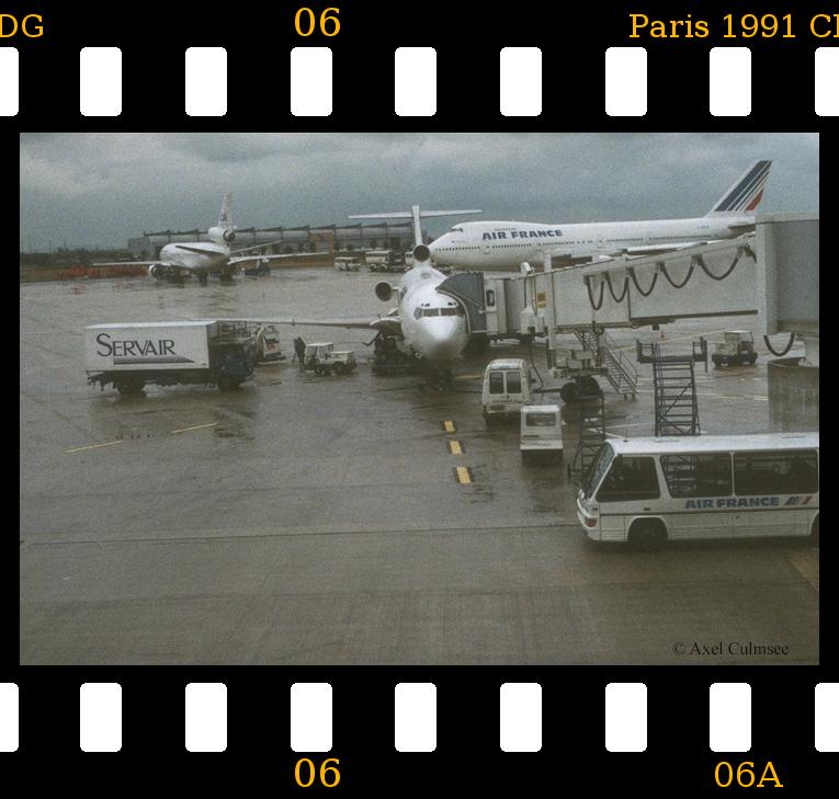 Paris 1991 aeroport CDG slide