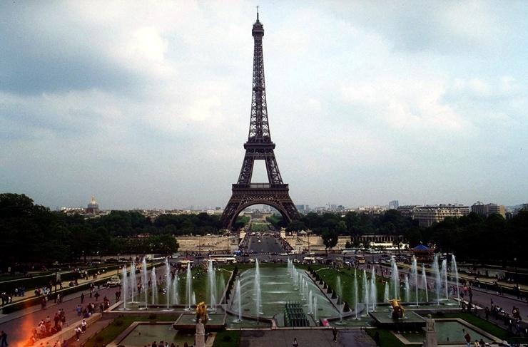 Eiffelturm automatisch