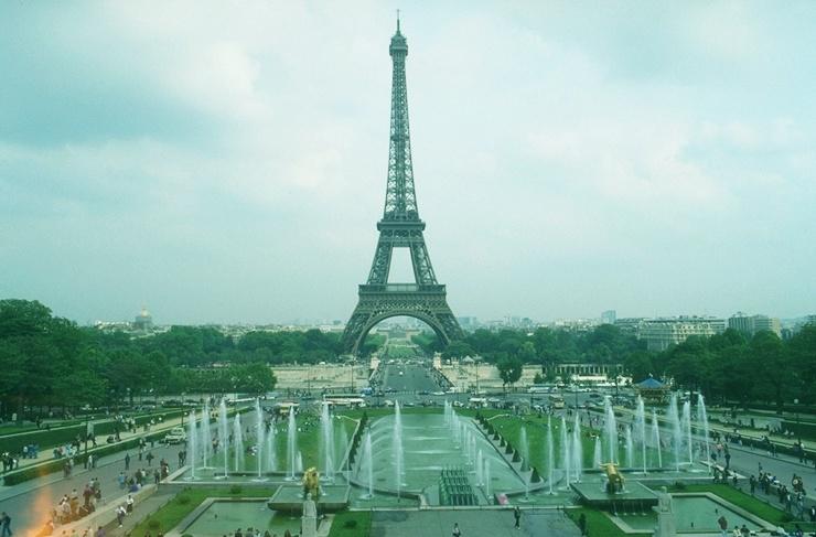 Eiffelturm manuell rot