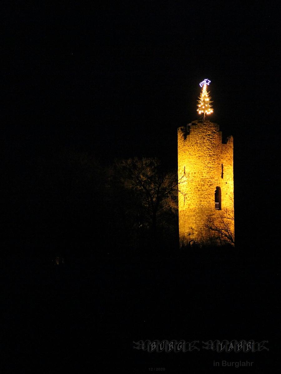 Burg Lahr in Burglahr im Westerwald aus 14. Jahrhundert, Szene Weihnachten 2020